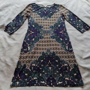 Patterned, stretchy dress
